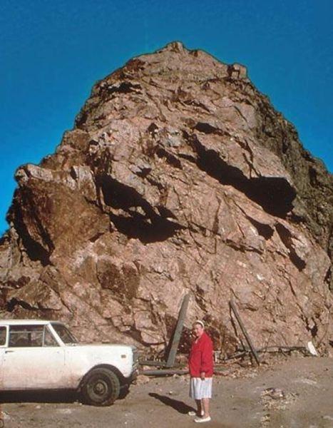 Crazy Horse Memorial - Неистовый конь (8 фото)