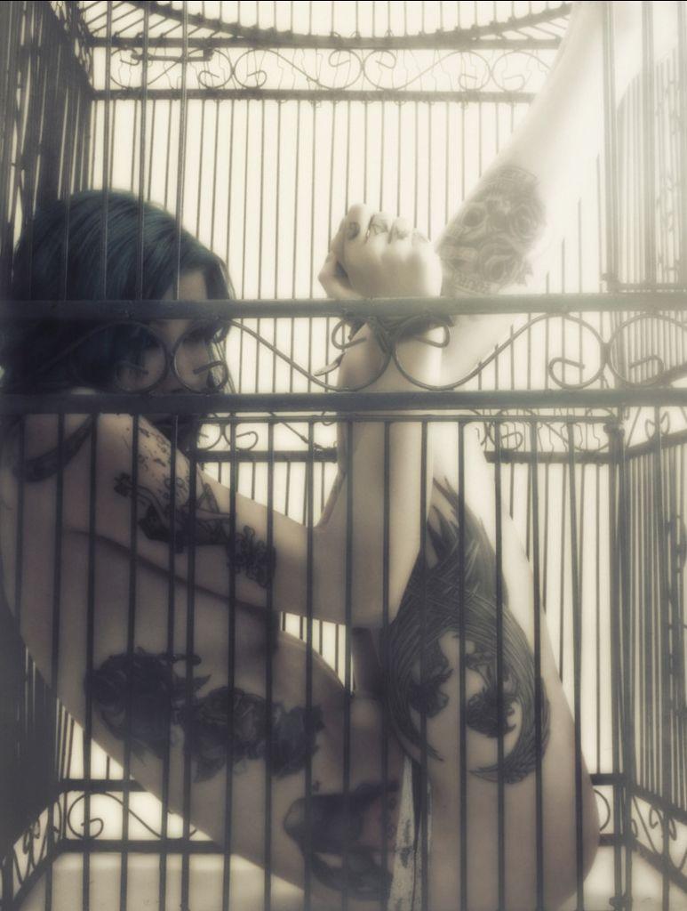 Xxx streams cage girl video tit