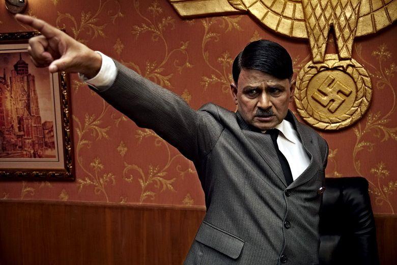 Gandhi to Hitler (Dear Friend Hitler) (2011) (12 фото)