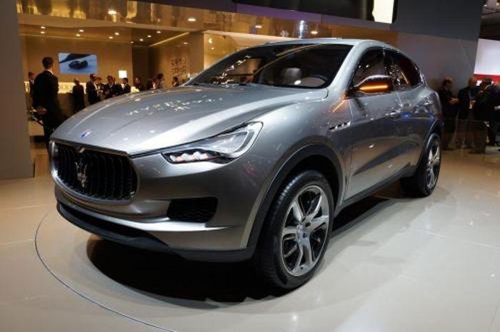 Кроссовер от Maserati  (4 ФОТО)