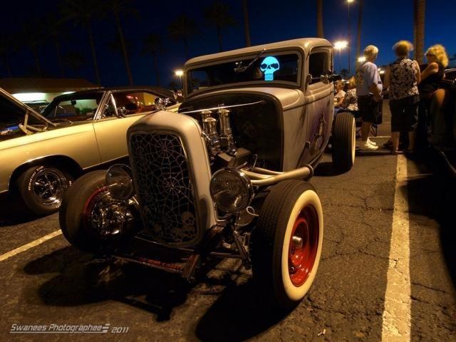 Rockability cars & girls (15 фото)