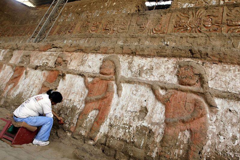 bones11 В Перу обнаружены останки принесенных в жертву детей