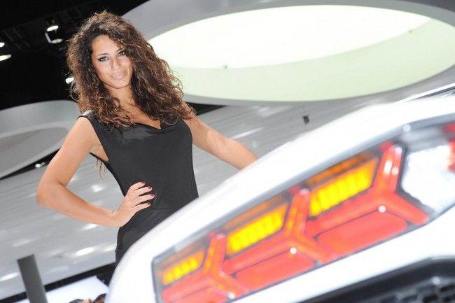 Девушки Франкфуртского автосалона 2011 (30 фото)