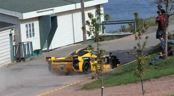 Авария стоимостью в 1,5 млн долларов (16 фото)