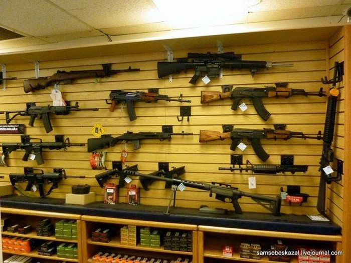 Оружейный магазин в Лас-Вегасе (8 фото)