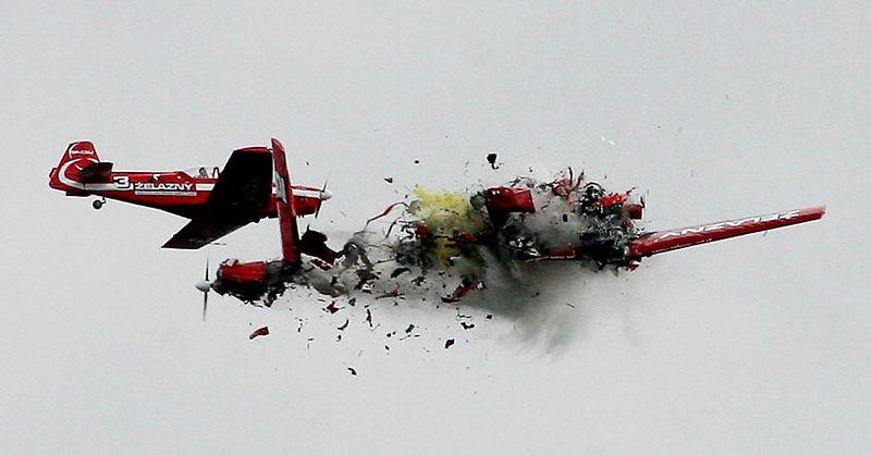 crash01 Трагедии на авиашоу разных лет