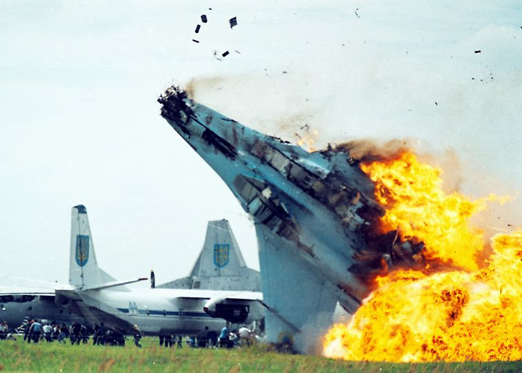 crash16 Трагедии на авиашоу разных лет