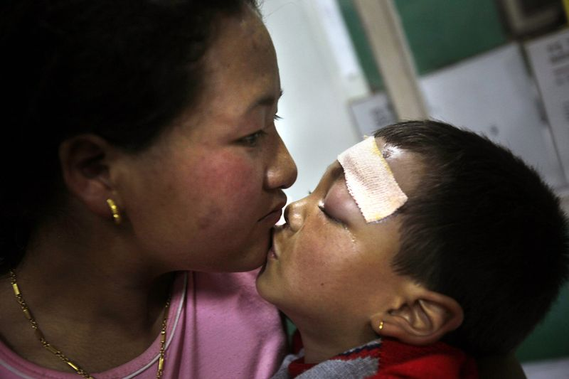Число жертв землетрясении в Индии растет
