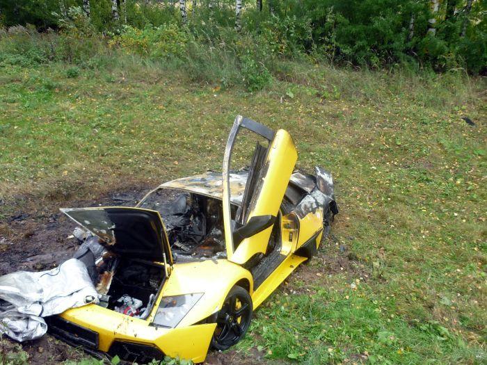 В Кстовском районе столкнулись Lamborghini и Chevrolet (5 фото)