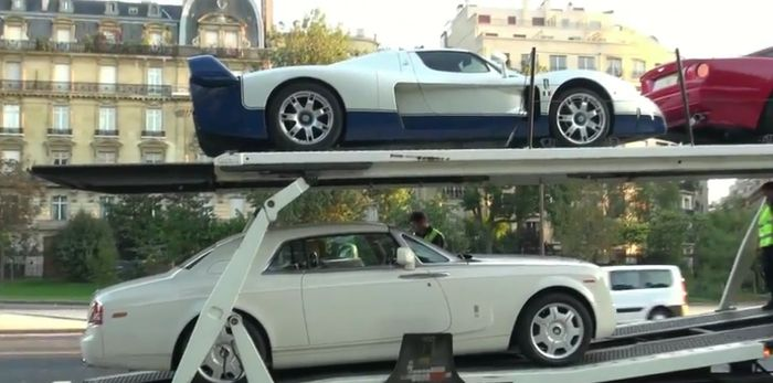 Французская полиция изъяла 11 суперкаров (видео)