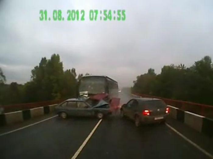 Авария дня часть 713 (фото+видео)