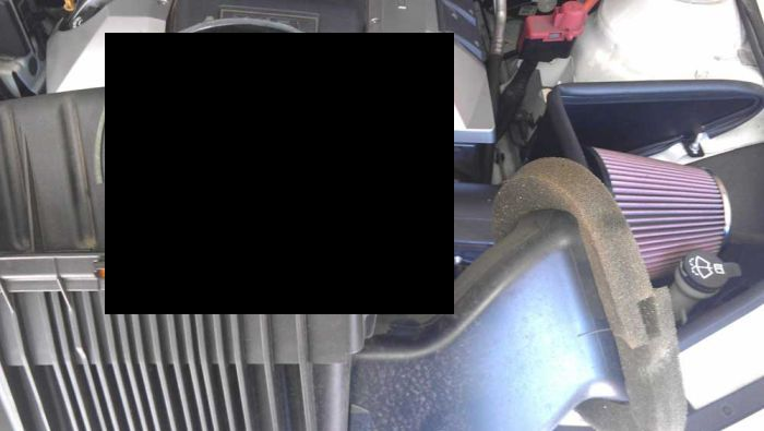 Приятная находка в купленной поддержанной машине (2 фото)