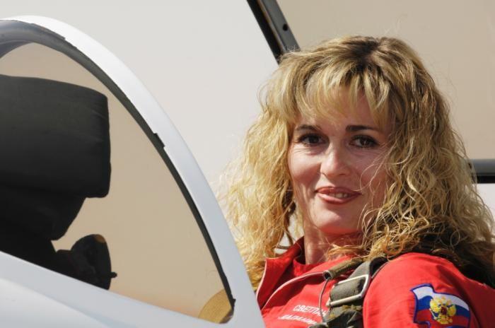 Лучшая женщина в небе (6 фото + 1 видео)