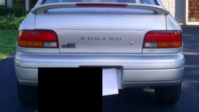 Самый ленивый способ скрыть номера при продаже автомобиля (8 фото)