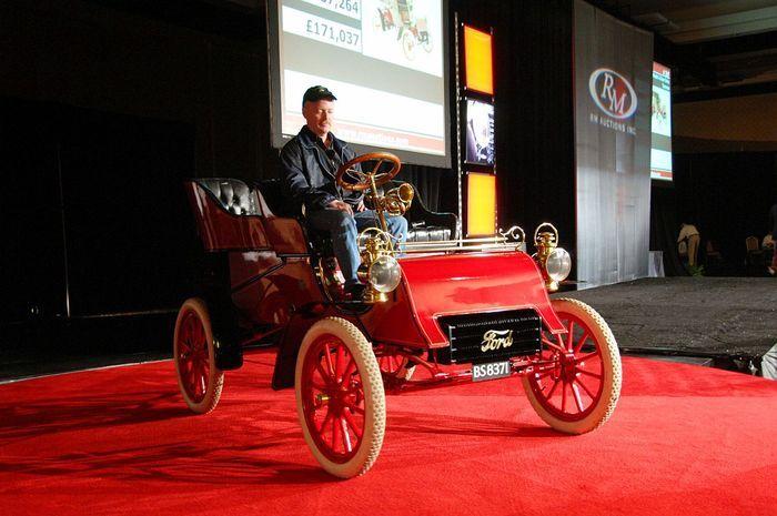 Самый старый Ford – Model A продадут на аукционе (12 фото)