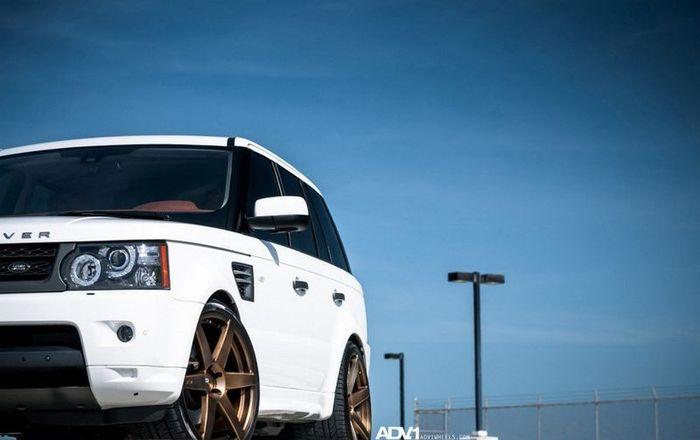 Range Rover Sport на колесах от ADV.1 (16 фото)