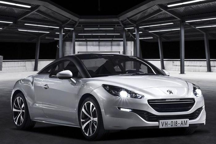Купе Peugeot RCZ обновится к парижскому автосалону (10 фото)