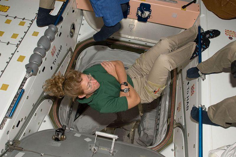 Интернет-дневник из космоса (16 фото)