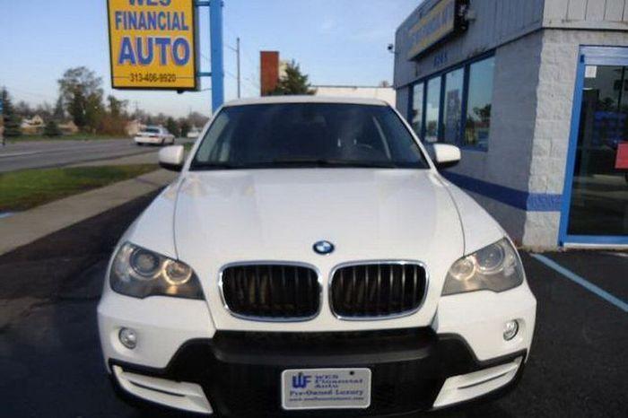 BMW X5 для большой и шумной компании (21 фото)