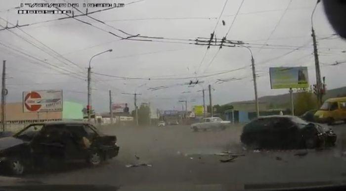 Авария дня часть 732 (фото+видео)