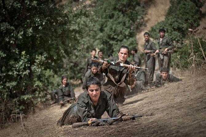 Курдские женщины-боевики (28 фото)