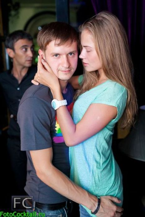 Фото девушек в клубах, голая таня черкасова