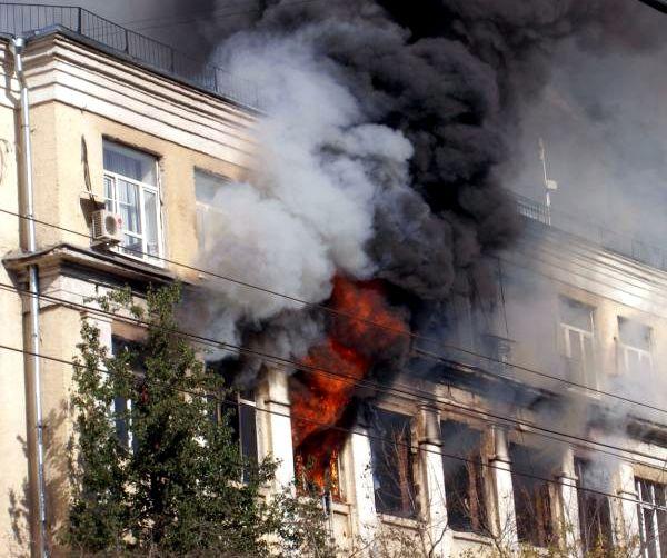 Крупный пожар в Москве (22 фото)