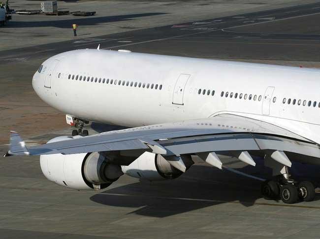 Летайте самолётами абу-даби !!!!! (10 фото)