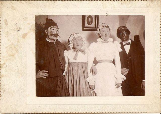 Fotos antiguas ( y raras)