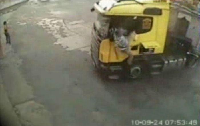 Авария дня часть 40 (фото+видео)