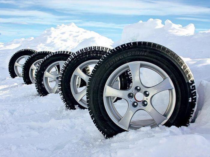 Коли переходити на зимову шину?