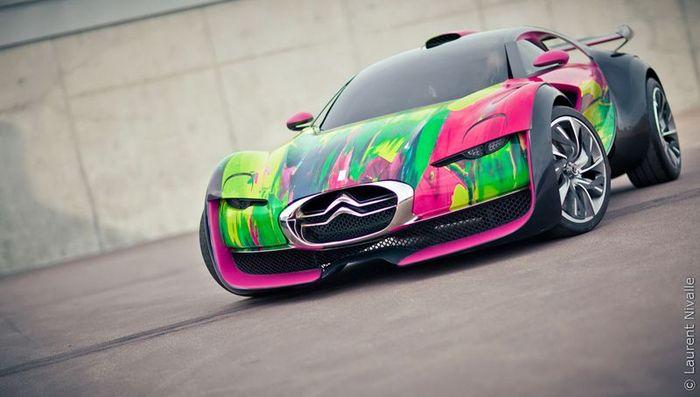 Электрический концепт-кар Citroen Survolt в необычной расцветке (5 фото)