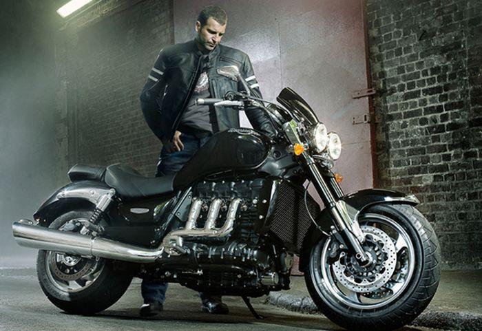 15 мотоциклов, которые сделают вас мужиком (16 фото)