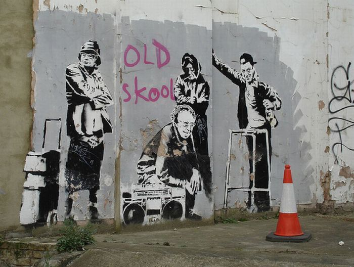 banksy an england based graffiti artist political Banksy artist banksy is a pseudonymous england-based graffiti artist, political activist, film director, and painter his satirical street art and subversive epigrams combine dark humor with graffiti done in a distinctive stenciling technique.
