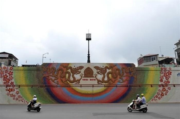 Мозаичная стена (20 фото)