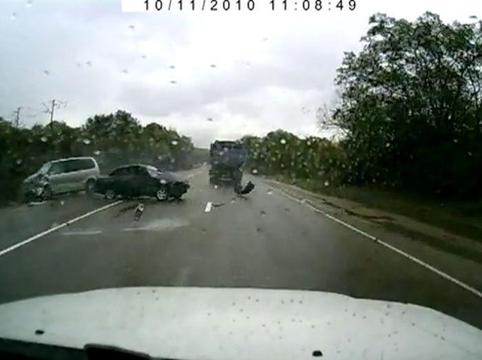 Авария дня часть 47 (фото+видео)