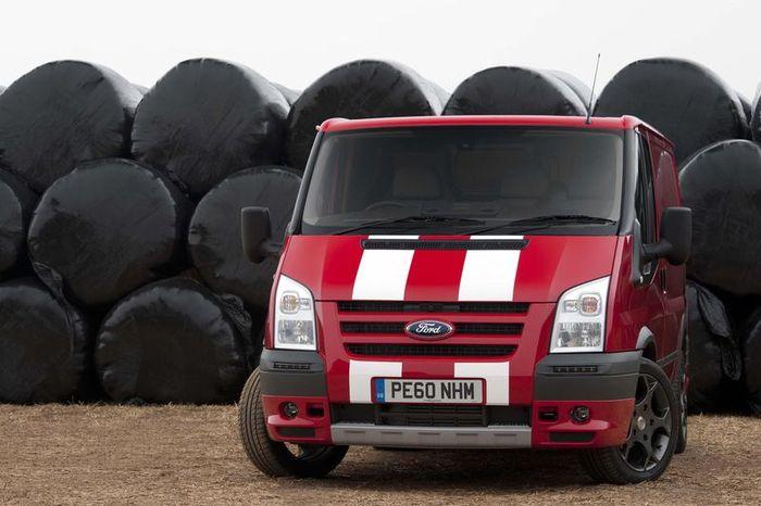 Юбилейный выпуск Ford Transit в Соединенном Королевстве (7 фото)