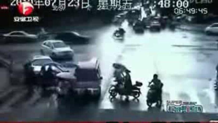 Авария дня часть 48 (фото+видео)