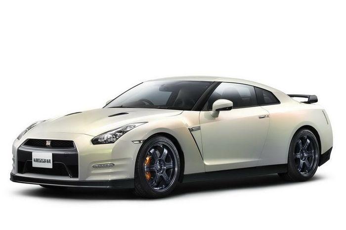 Nissan GT-R 2012 - новые подробности о новинке (11 фото)