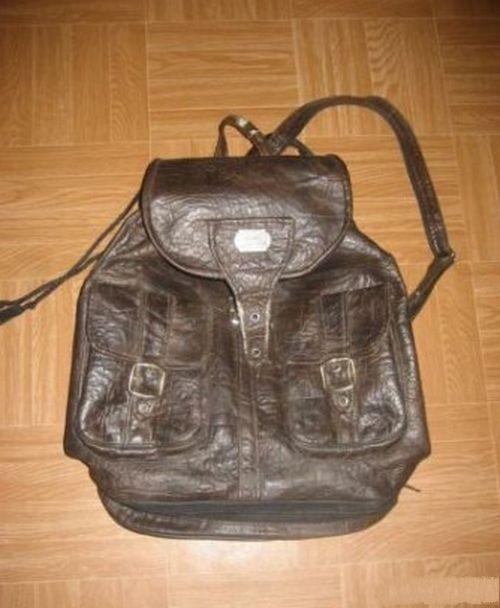 Рюкзаки кожаные или под кожу, а еще были торбочки )