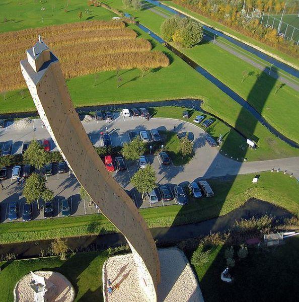 Cамый высокий скалодром Экскалибур (11 фото)