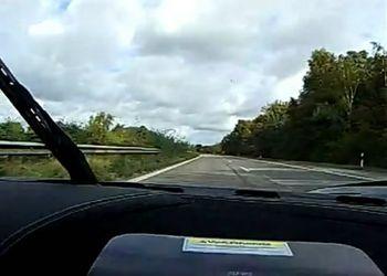 Koenigsegg CCXR валит по автобану