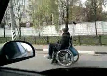 Инвалидное кресло с мотором
