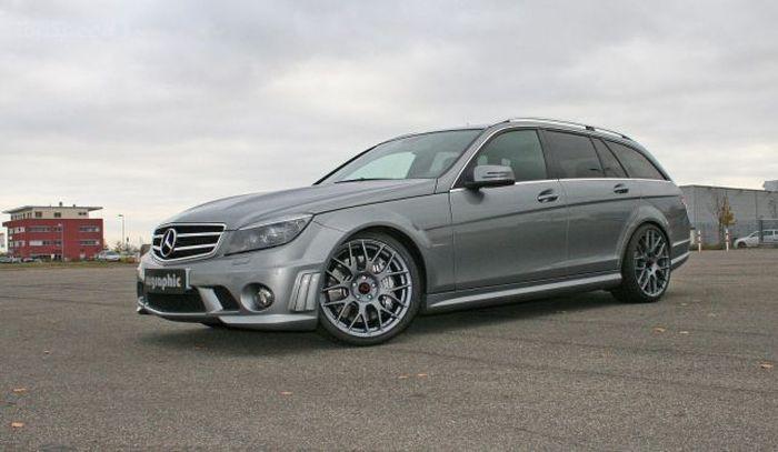 В ателье Cargraphic затюнили сарай Mercedes C63 AMG до 570 л/с! (2 фото)