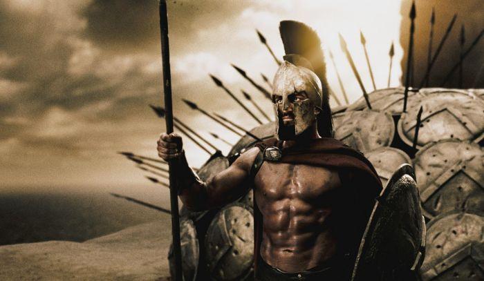 Он стал царем Леонидом из фильма 300 спартанцев (11 фото)