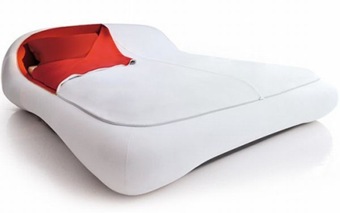 Прикольная кровать (7 фото)