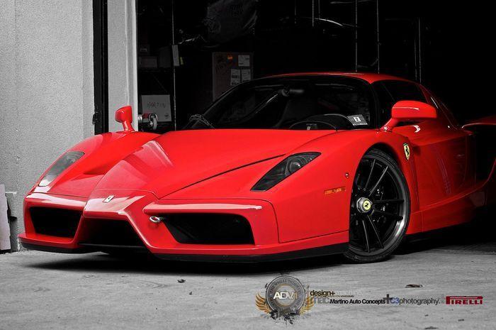 Ferrari Enzo на новых колесах от ADV.1 (15 фото)