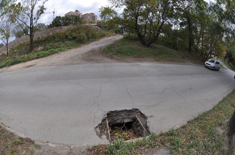 Пропавшие люки. Владивосток (43 фото)