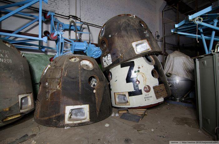Кладбище спускаемых аппаратов (21 фото)