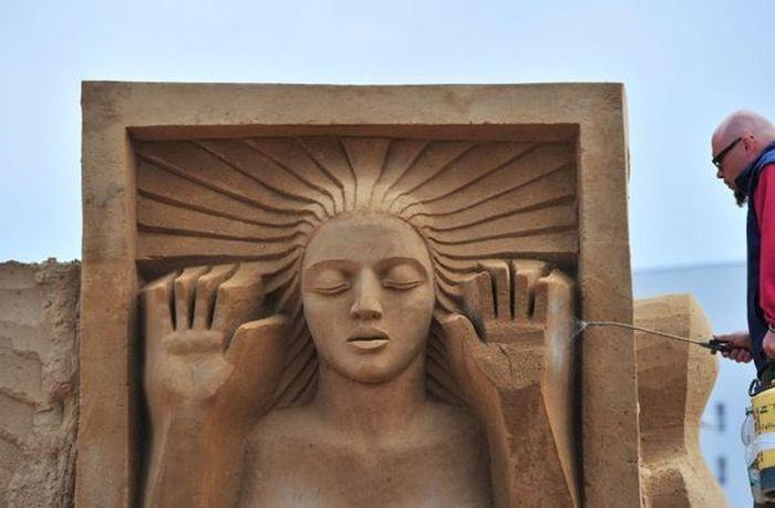 Песчаные фигуры (15 фото)